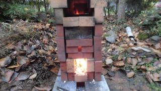 ピザ窯に火を入れてみた